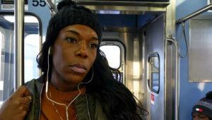 Eisha Love: Uma mulher transexual de cor em Chicago